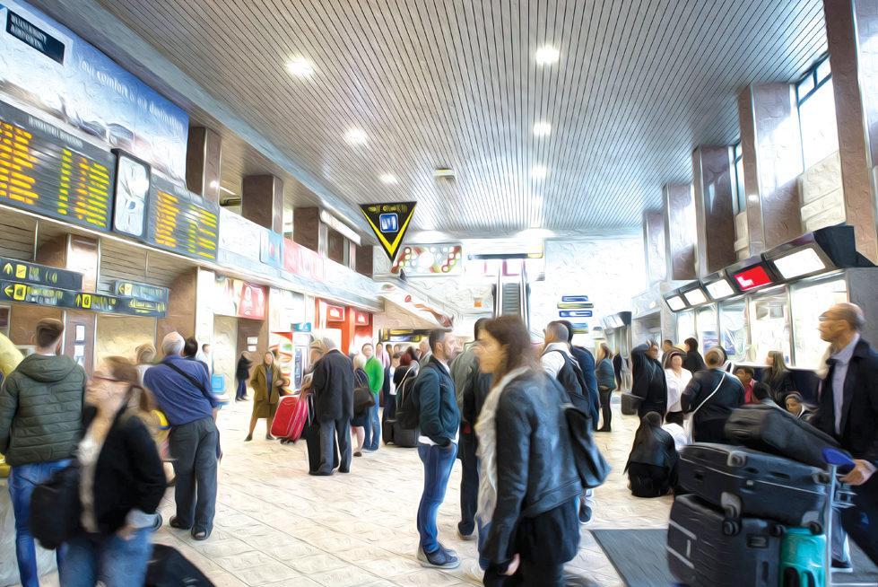 Studiu: România, pe locul patru în Europa Centrală și de Est la anularea sau întârzierea zborurilor