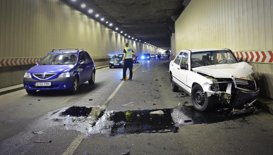 Poliția computerului de bord: Mașinile noi vor avea etiloteste și sisteme de limitare a vitezei, din 2020