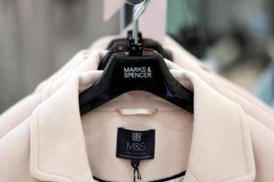 Vă mai amintiți de Kiabi și Sprider? Ce branduri de haine au ieșit de pe piața românească