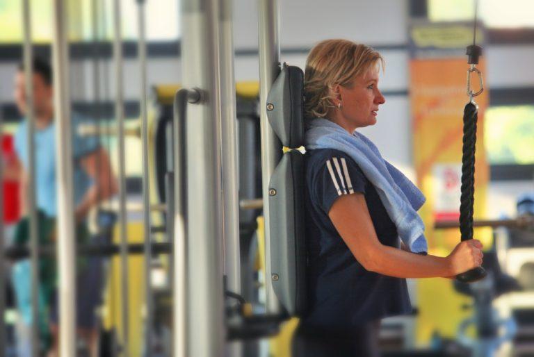 Câți români (mai) fac sport și cum arată piața de fitness din România