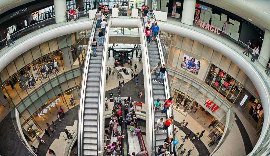 Realități în oglindă: în America se închid mii de magazine, iar la noi apar precum ciupercile după ploaie