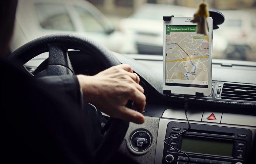 Cum vor să preia RATB și Uber traficul de călători în perioada în care stația Pipera este închisă