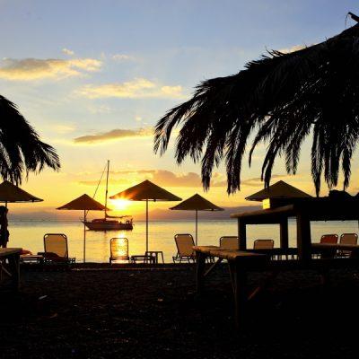 Grecia va primi turiști români fără măsuri de carantină