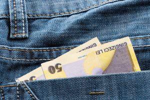 Bani de buzunar: cash-ul, inamicul numărul 1 al plăților electronice