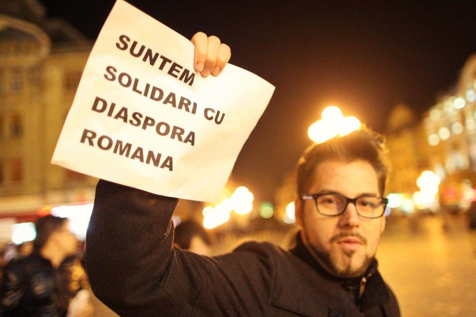 Aproape 60% dintre românii emigranți vor să revină și să investească în România – studiu