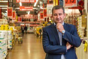 Brico Dépôt România încetează colaborarea cu Schweighofer. Cum răspund austriecii