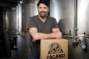 Legenda Zăganului: cum au transformat doi antreprenori o specie de vultur într-un brand de bere pentru nonconformiști