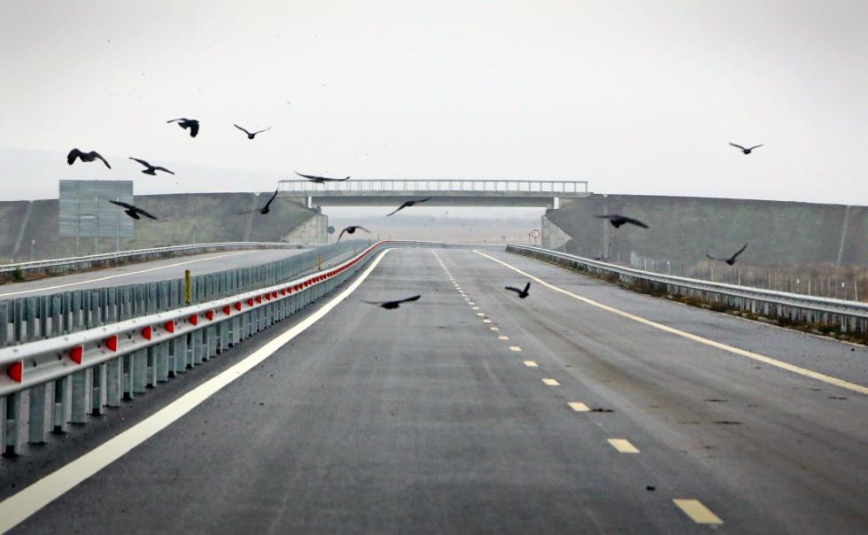 Ministrul Transporturilor: Dacă am avea autostrăzi, ar crește salariile și ar pleca multinaționalele