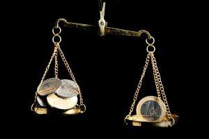 Cursul sparge bariera de 4,6 lei/euro și atinge maximul ultimilor cinci ani