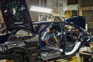 Încă o lovitură grea pentru industria românească: aproape 1.000 de muncitori din Pitești își pierd locurile de muncă