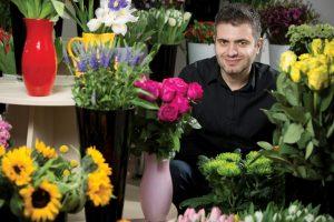 Florăriile online vs. cele clasice: un român din patru cumpără buchete de pe internet