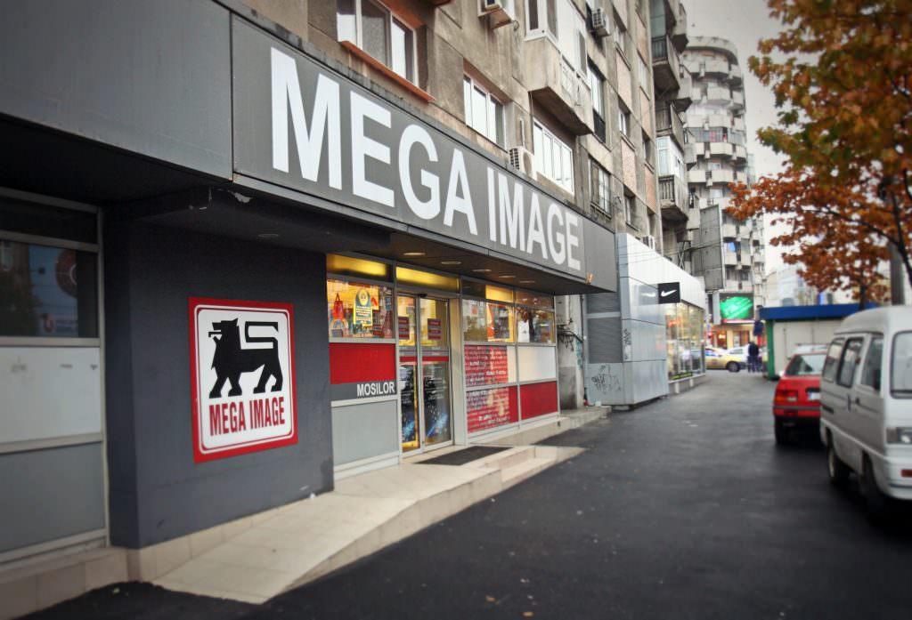 """Mega Image mai deschide un magazin la Cluj și """"atacă"""" cea mai căutată stațiune de la mare"""