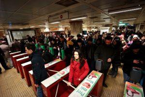 Aproape 90.000 de corporatiști rămân fără metrou. Stațiile Aurel Vlaicu și Pipera, închise pentru o săptămână