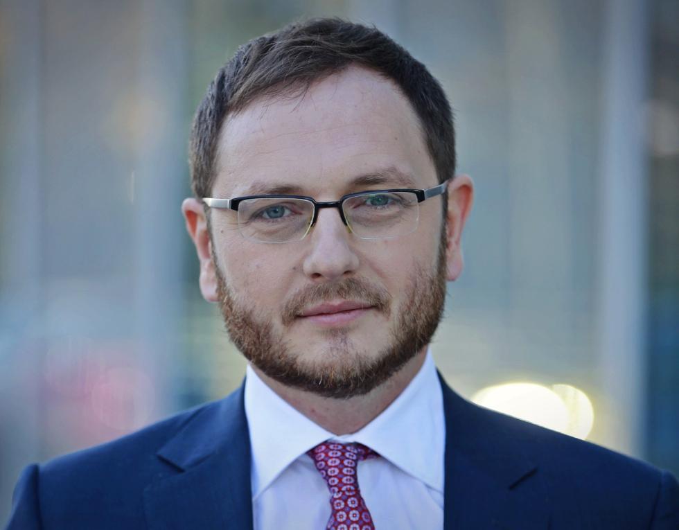 PeliFilip asistă Ministerul Finanțelor într-o emisiune de euroobligațiuni de un miliard de euro