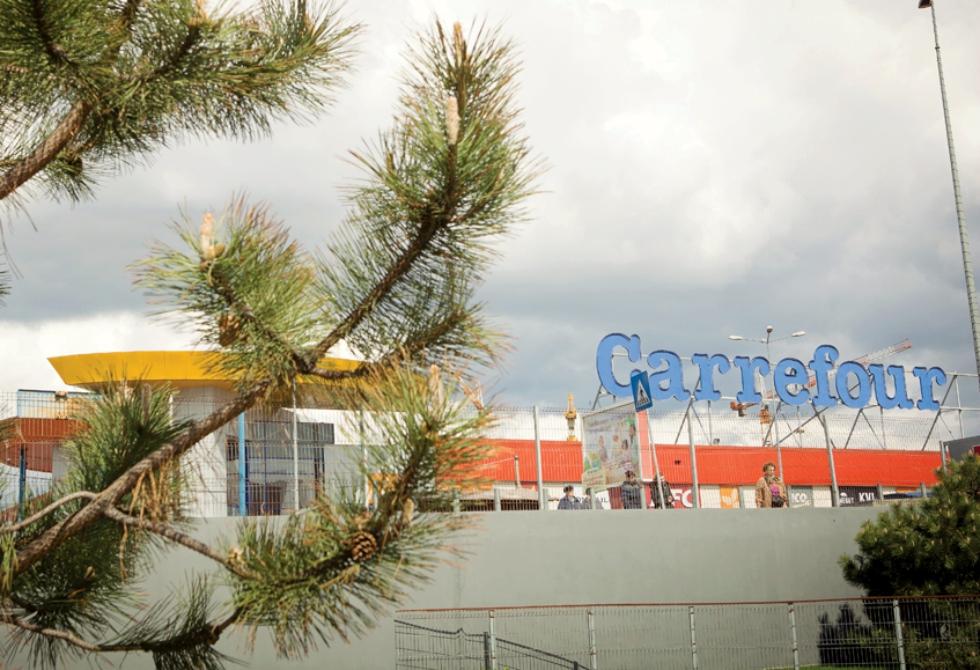 Carrefourativa: cum au reinventat hipermarketurile C.A.P-ul