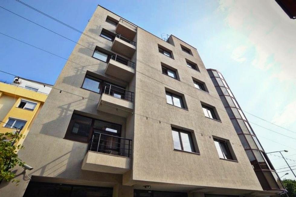 O rețea de clinici dentare cumpără o clădire de birouri în Herăstrău cu un milion de euro
