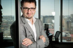Internet viteză: clienții ING fac 40% din tranzacțiile online din sistemul bancar