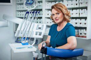 Rețeaua de clinici stomatologice Dent Estet, afaceri în creștere cu 30% anul trecut, până la 8,5 milioane de euro