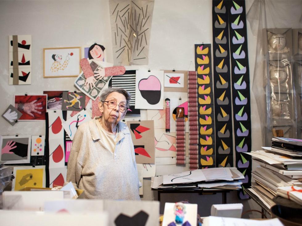 La 91 de ani, Geta Brătescu reprezintă România la Bienala de Artă de la Veneția