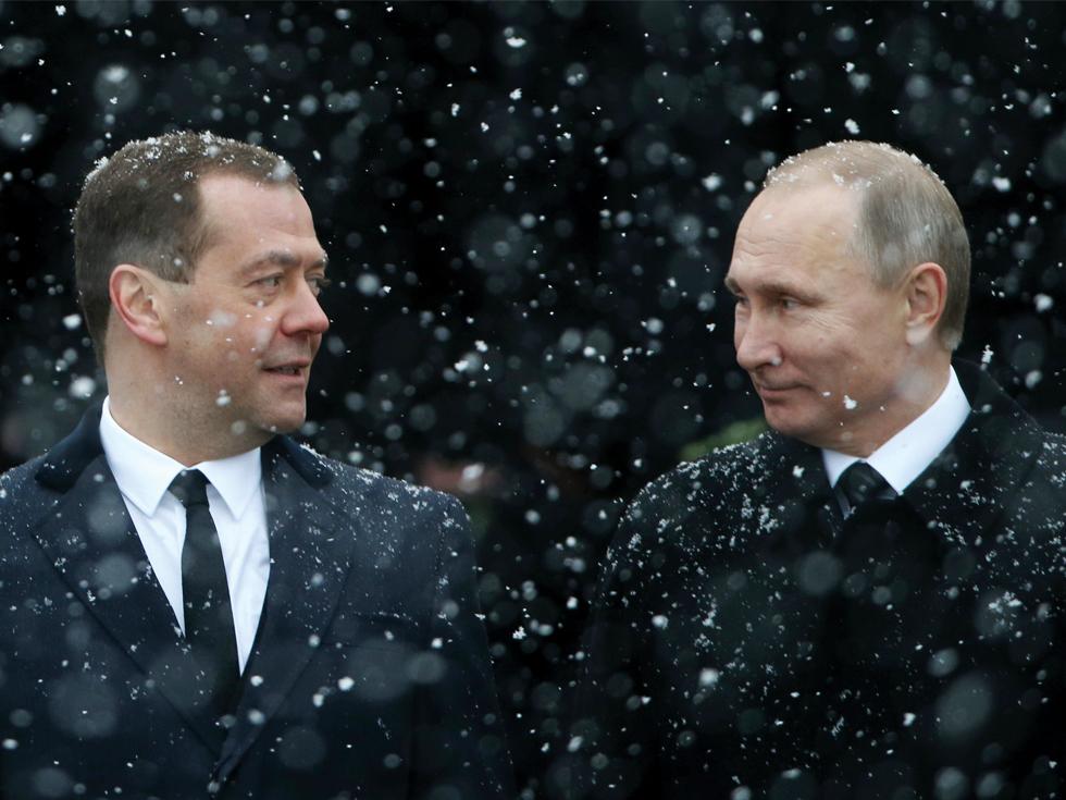 S-a rupt lanțul de iubire: Putin vrea să scape de cel mai mare aliat al său