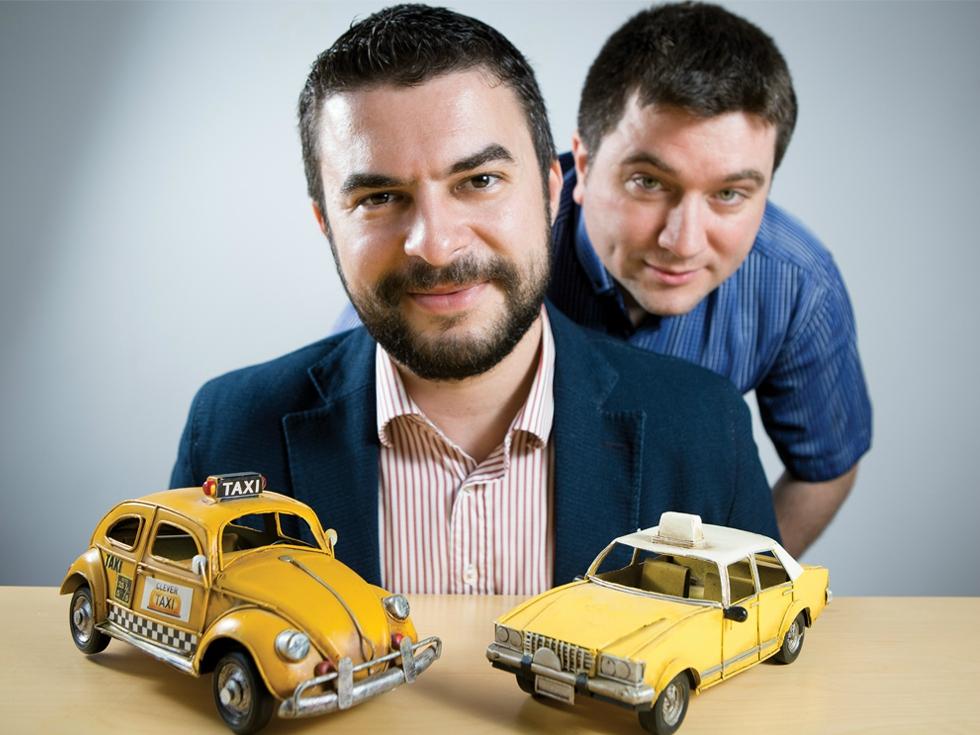 Doi foști colegi de facultate au creat o aplicație prin care au fost comandate 40 de milioane de curse de taxi