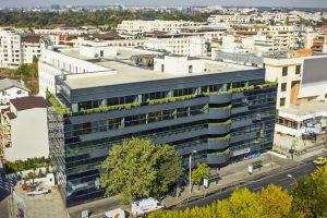 Brokerul imobiliar Colliers va administra clădirea de birouri cumpărată de proprietarii McDonald's