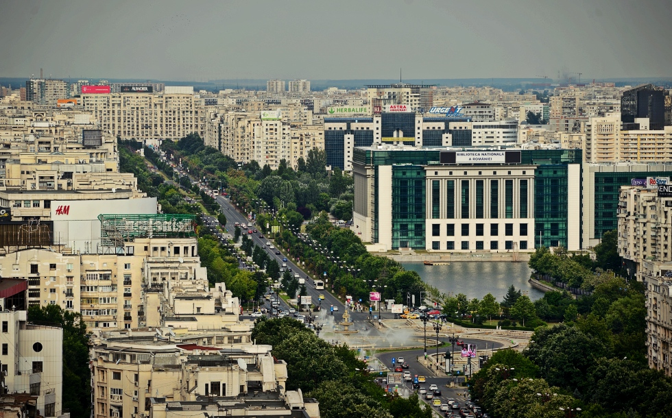Canicula a dus consumul de electricitate din București la un nou record