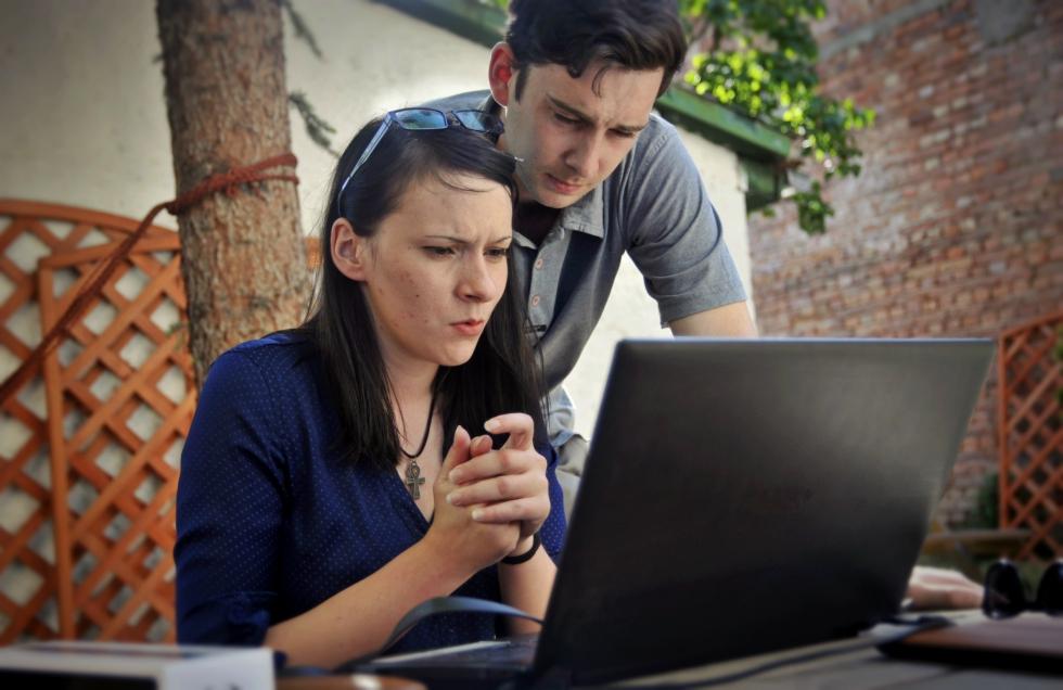 laptop google online internet newmoney