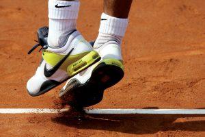 nike_tenis_adidasi_getty_newmoney