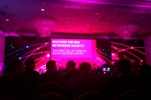 "Telekom face o demonstrație live a tehnologiei 5G: ""Dacă 2G a fost un râu lent, 5G va fi un tsunami"""