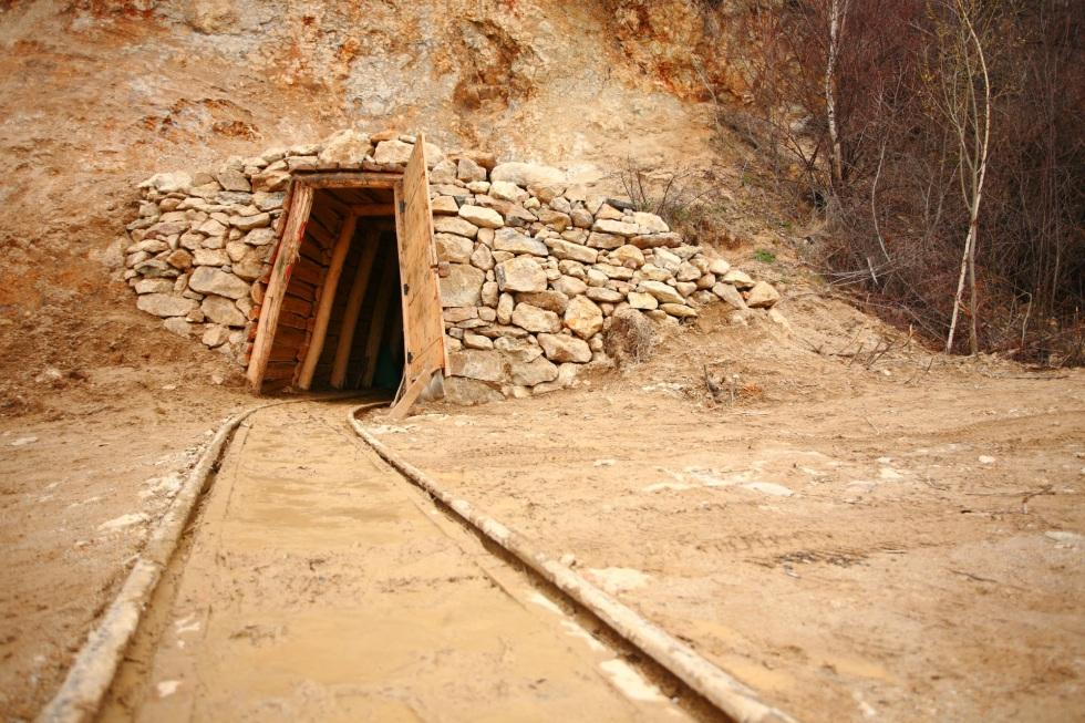 Vast Resources atrage o investiție de 10 milioane de dolari pentru extinderea în România