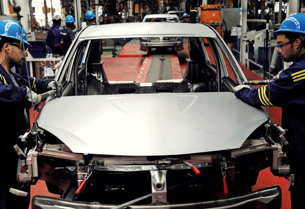 Cum ne-au depășit marocanii la producția mărcii-simbol a industriei auto românești