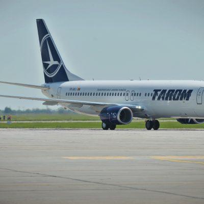 Pilotul unei aeronave TAROM a intrat în stop cardio-respirator după aterizare