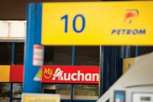 Ce schimbări fac marii retaileri pentru a scoate cât mai mulți bani din buzunarele românilor