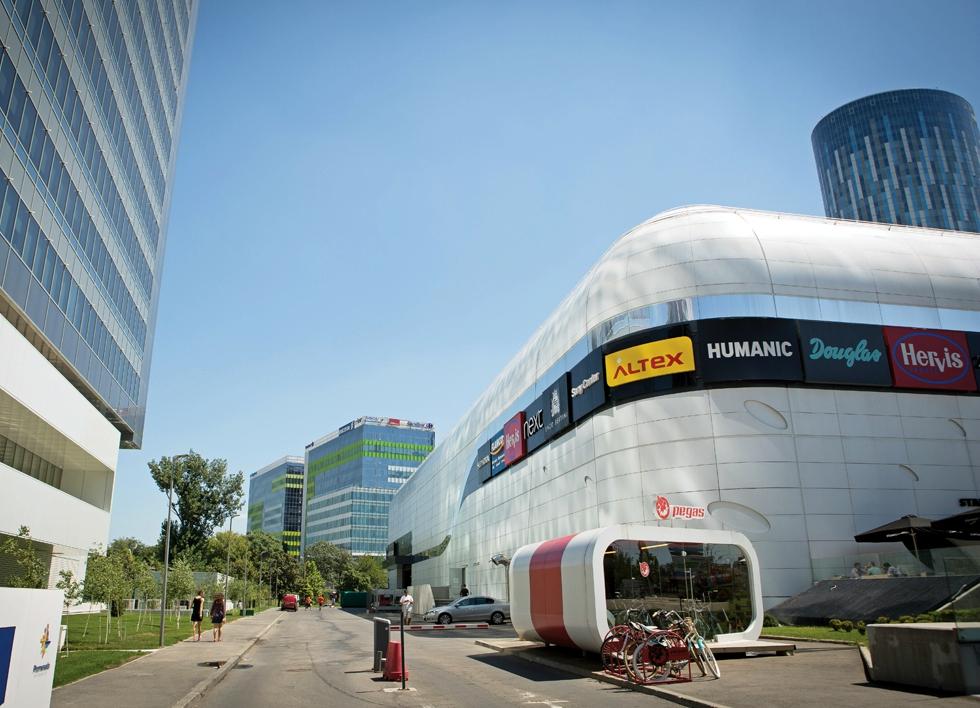 Clădiri pe împrumut: cât de dispuse mai sunt băncile să-i finanțeze pe dezvoltatorii imobiliari