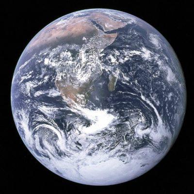 """Omenirea a folosit până joi, în """"ziua depăşirii"""", resursele biologice pe care Pământul le poate genera într-un an"""
