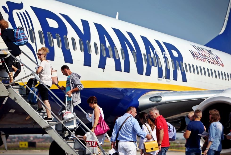 O companie aeriană prezentă în România pune la bătaie 500.000 de bilete în campania de Black Friday