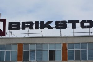 Brikston (2) (002)