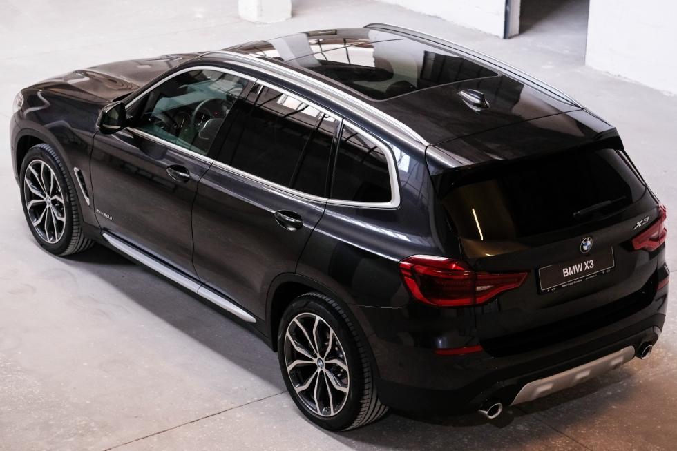BMW a intrat pe piața din România cu noile modele BMW X3 și BMW Seria 6 Gran Turismo