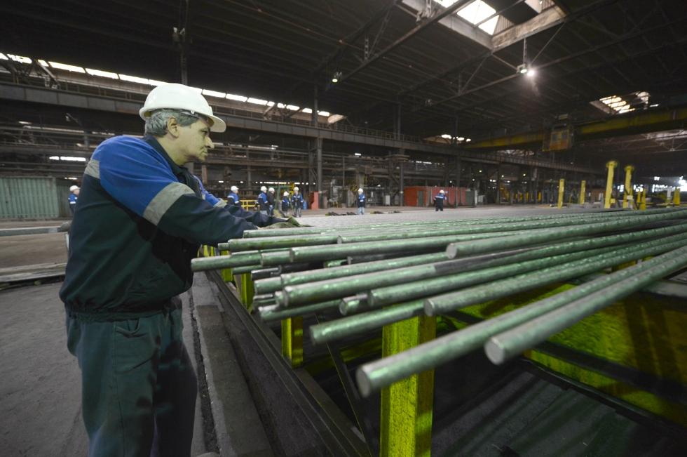 """KeysFin: Scăderea comenzilor a făcut din industria metalurgică """"Cenușăreasa"""" economiei"""