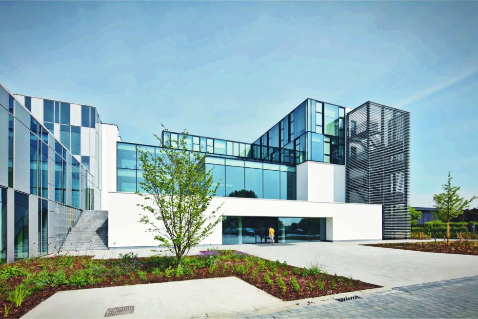 Imagini pentru https://www.newmoney.ro/belgienii-de-la-reynaers-estimeaza-afaceri-crestere-cu-10/