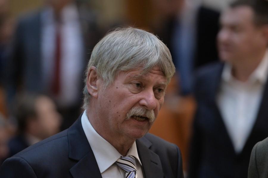 Senatorul UDMR Verestoy Attila a murit la vârsta de 63 de ani