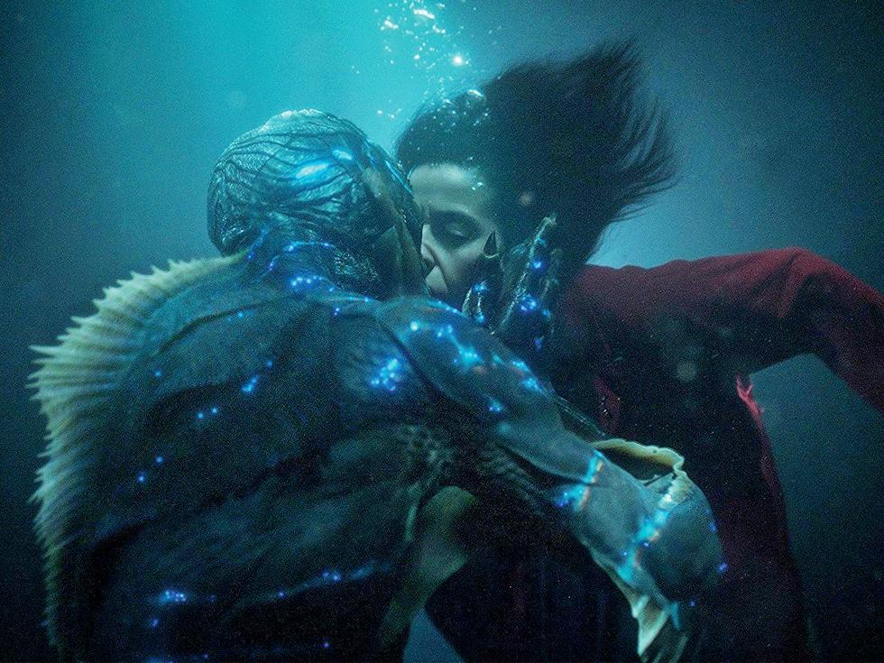 """Recomandare de film: """"The Shape of Water"""", povestea stranie de iubire dintre un amfibian și o femeie fără glas"""