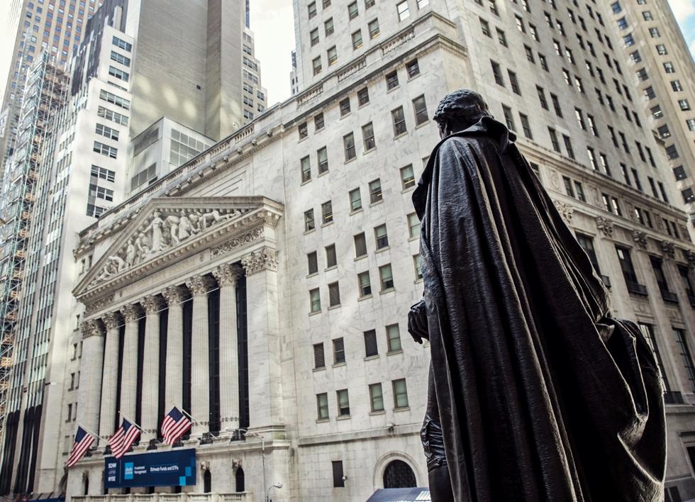 Wall Street, ferită de hărțuiri sexuale? De ce nu a ajuns încă #MeToo în polul financiar al lumii