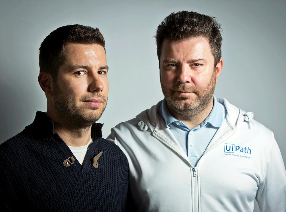 Cum au ajuns doi IT-iști români să facă din întâmplare o companie de peste un miliard de dolari