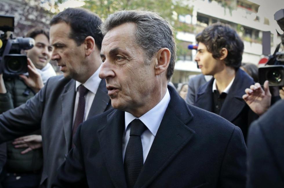 Nicolas Sarkozy, fostul președinte al Franței, a fost reținut de poliție