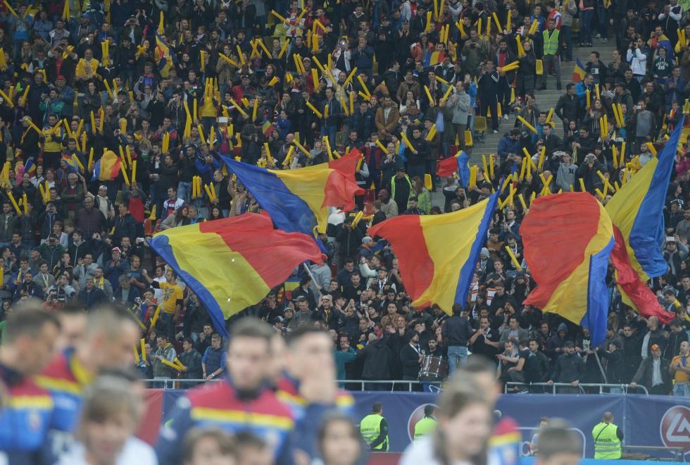 Radu Paraschivescu: Naționala de fotbal a României e prilejul bucuriilor simple și al patetismelor de doi bani