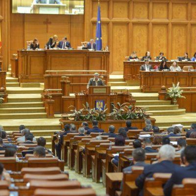 Proiectul Legii bugetului de stat pe 2021, votat în Parlament pe articole