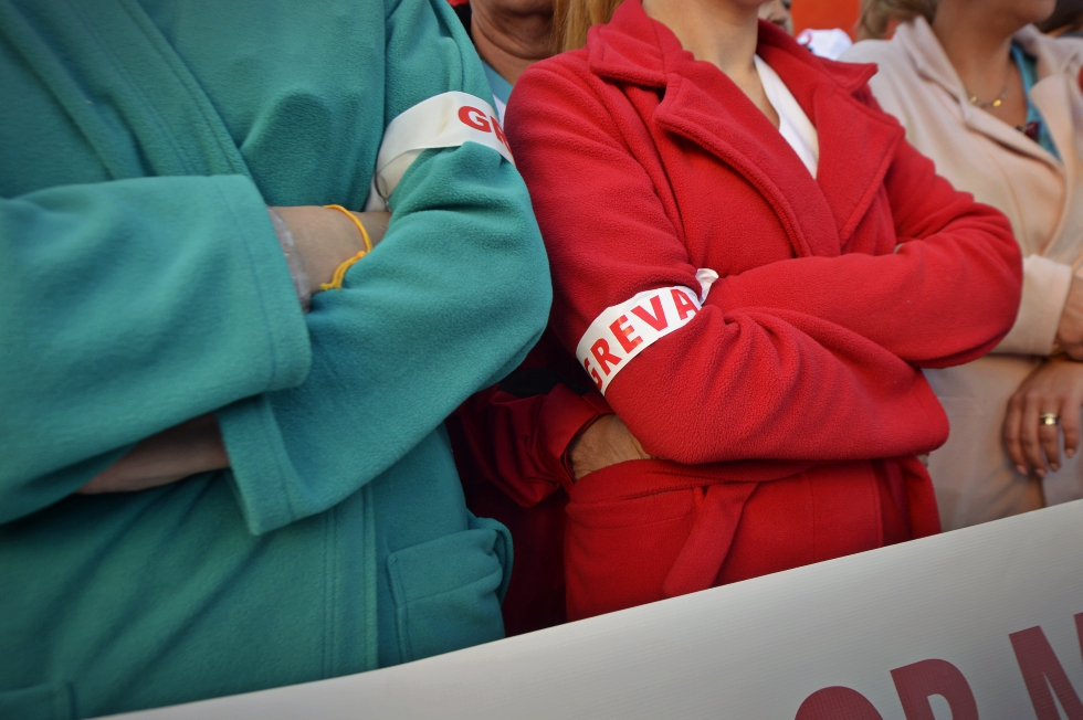Continuă protestele din sănătate. Sute de angajați din spitale sunt nemulțumiți de reducerea sporurilor