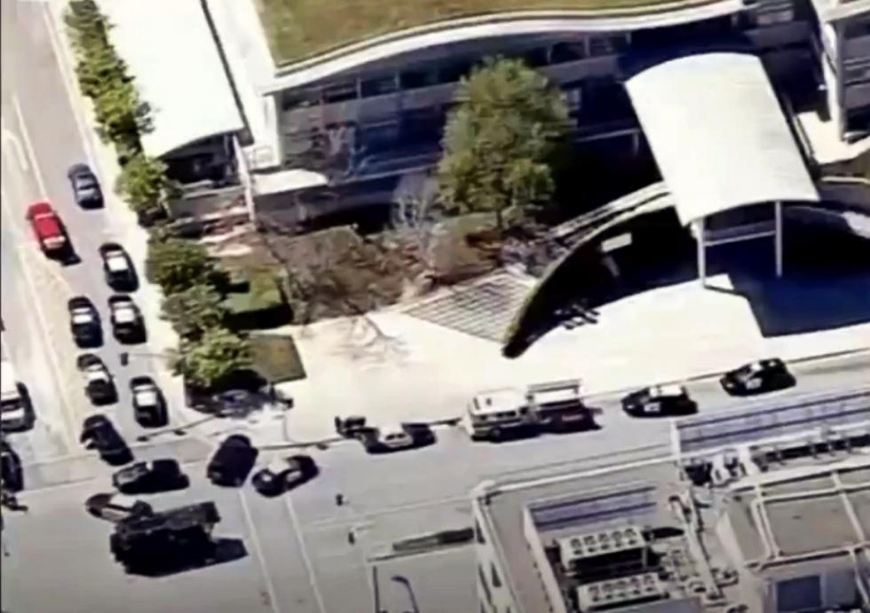 Atac armat la sediul YouTube. O femeie a împușcat trei persoane, apoi s-a sinucis